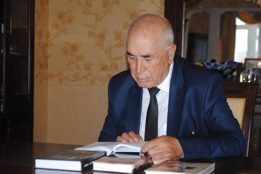 Aşıq Şəmşir yadigarı: Qənbər Şəmşiroğlu